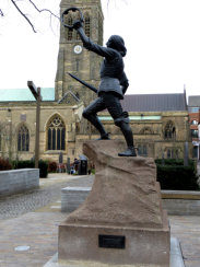 Leicester Cathedral - statue